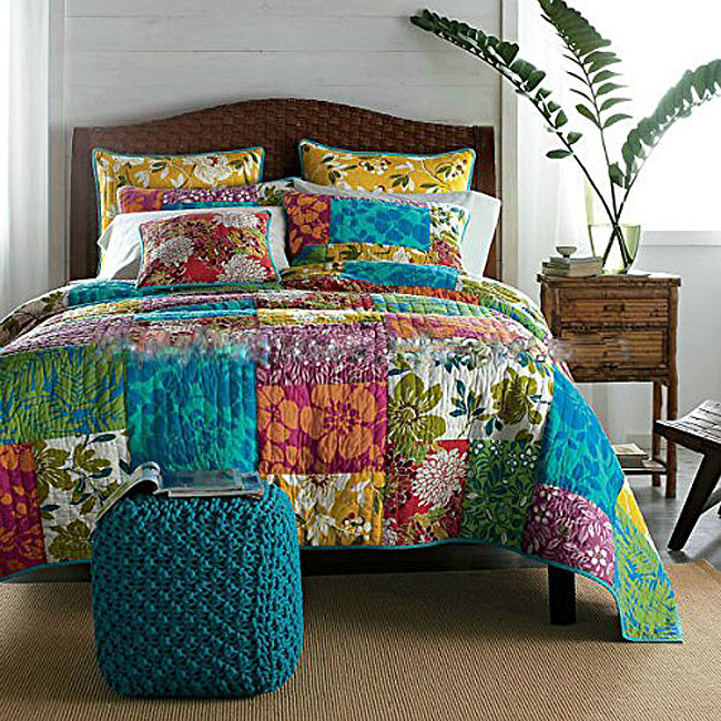 Flower Patchwork Quilt Bedding Set